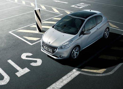 Peugeot 208 1.0 12V VTi prestazioni e consumi - Foto 3 di 13
