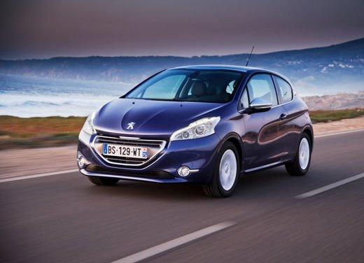 Peugeot 208 1.0 12V VTi prestazioni e consumi - Foto 4 di 13