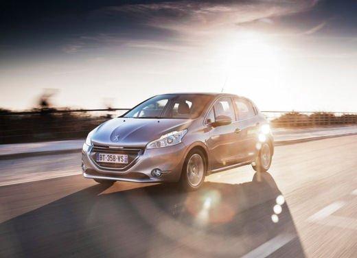 Peugeot 208 al prezzo di 9.950 euro per tutto il mese di ottobre - Foto 5 di 13
