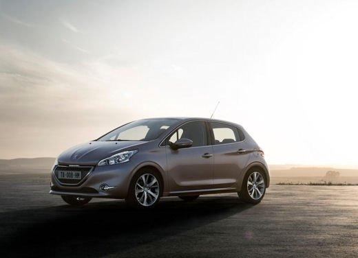 Peugeot 208 al prezzo di 9.950 euro per tutto il mese di ottobre - Foto 6 di 13