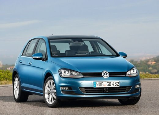 Volkswagen Golf 5 porte in promozione da 16.900 euro