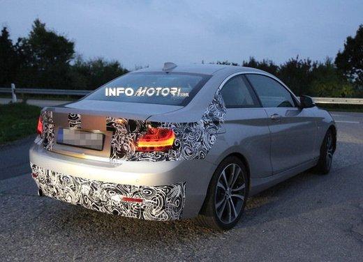 BMW Serie 2 Coupè nuove foto spia - Foto 6 di 12