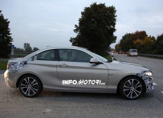 BMW Serie 2 Coupè nuove foto spia - Foto 9 di 12
