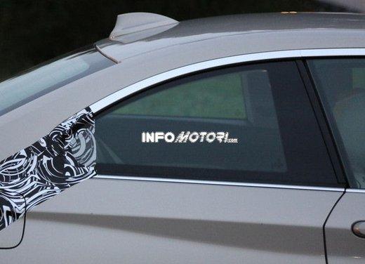 BMW Serie 2 Coupè nuove foto spia - Foto 10 di 12