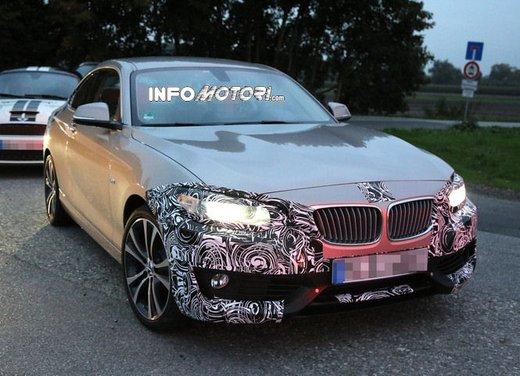 BMW Serie 2 Coupè nuove foto spia - Foto 3 di 12
