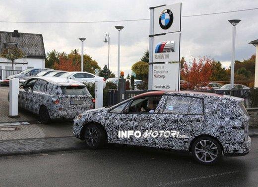 BMW Serie 1 GT foto spia delle versioni a 5 e 7 posti - Foto 13 di 19