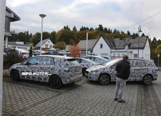 BMW Serie 1 GT foto spia delle versioni a 5 e 7 posti - Foto 14 di 19