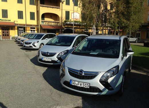 Opel Zafira Tourer a Metano, la monovolume più ecologica - Foto 11 di 20