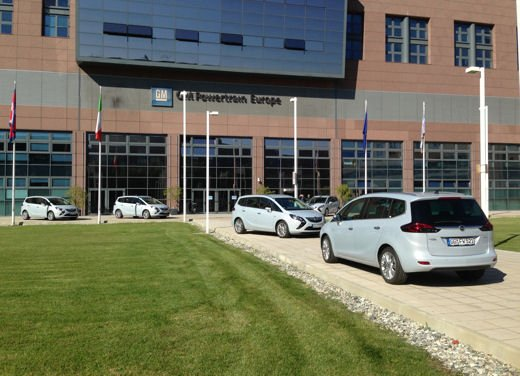 Opel Zafira Tourer 1.6 CDTI provata su strada - Foto 19 di 20