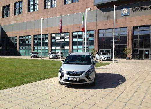 Opel Zafira Tourer 1.6 CDTI provata su strada - Foto 15 di 20