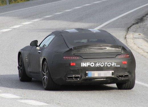 Mercedes AMG GT prime foto spia - Foto 15 di 19