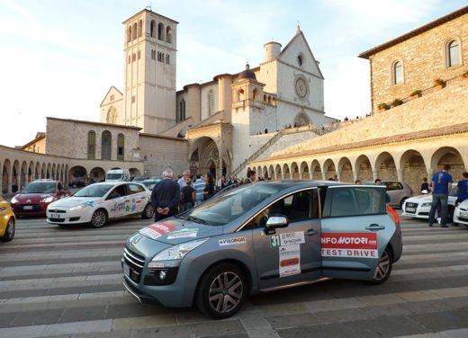 Ecorally 2013 San Marino – Città del Vaticano, bene Infomotori.com con Peugeot 3008 Hybrid4 - Foto 25 di 28