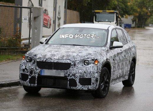 BMW X1 foto spia - Foto 1 di 9