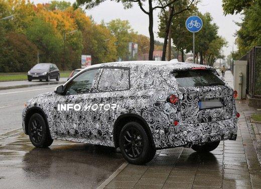 BMW X1 foto spia - Foto 6 di 9