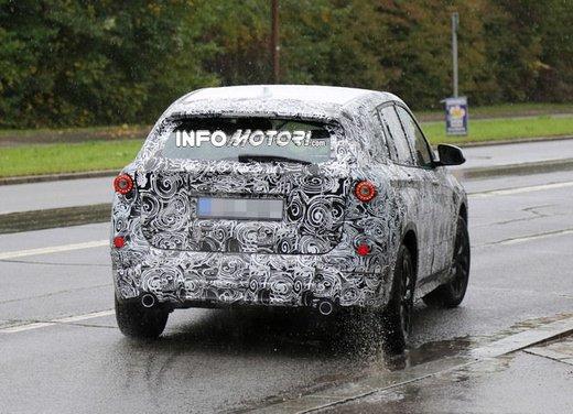BMW X1 foto spia - Foto 9 di 9