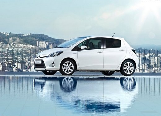Toyota Hybrid, il mercato auto premia le auto ibride!