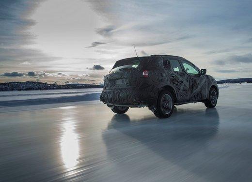 Nissan Qashqai prime foto ufficiali dei test - Foto 5 di 9