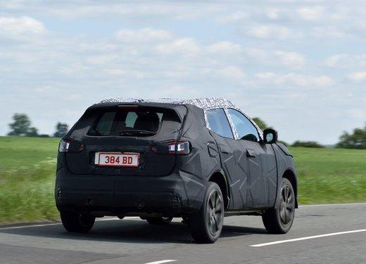 Nissan Qashqai prime foto ufficiali dei test - Foto 7 di 9