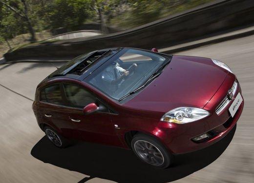 Fiat Bravo in offerta a novembre a 15.700 euro - Foto 13 di 13