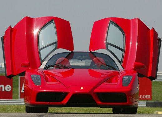 Ferrari Enzo WRC, video tra il fango delle campagne inglesi - Foto 3 di 11
