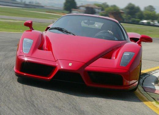 Ferrari Enzo WRC, video tra il fango delle campagne inglesi - Foto 5 di 11