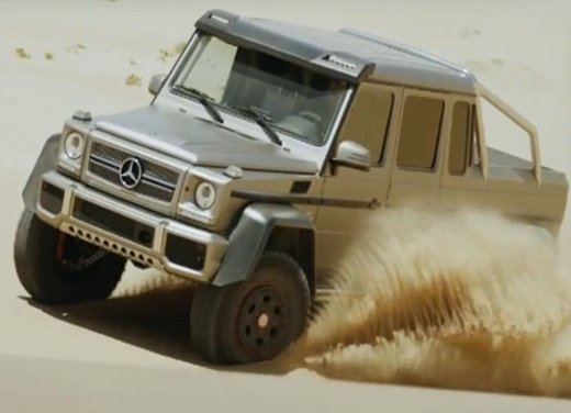 Mercedes Classe G 63 AMG 6×6 affronta il deserto in un video - Foto 2 di 11