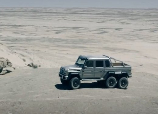 Mercedes Classe G 63 AMG 6×6 affronta il deserto in un video - Foto 7 di 11