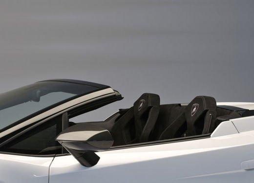 Lamborghini Gallardo, storia della Lambo più venduta di sempre - Foto 10 di 12