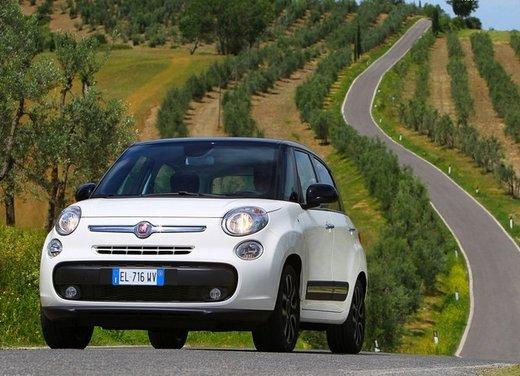 Fiat 500L metano sconti fino a 4.200 euro sul prezzo di listino - Foto 7 di 13