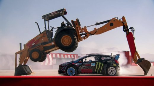 Video Ken Block Gymkhana numero 6 - Foto 3 di 10