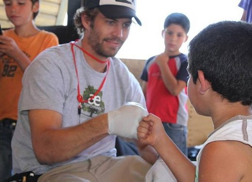 Reach Out WorldWide, l'associazione benefica di Paul Walker - Foto 12 di 12