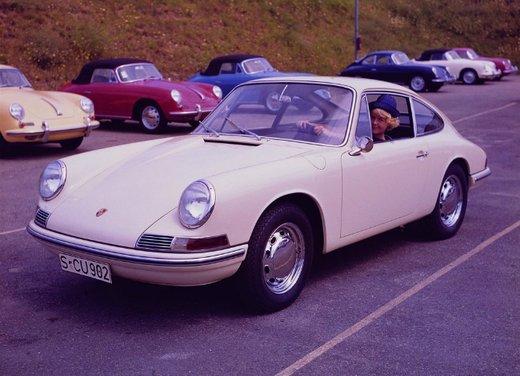 Porsche 911 Carrera: storia di un mito lungo oltre cinquant'anni