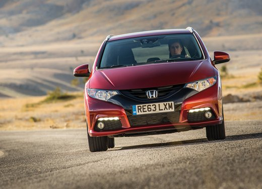 Honda Civic Tourer Test Drive - Foto 10 di 18