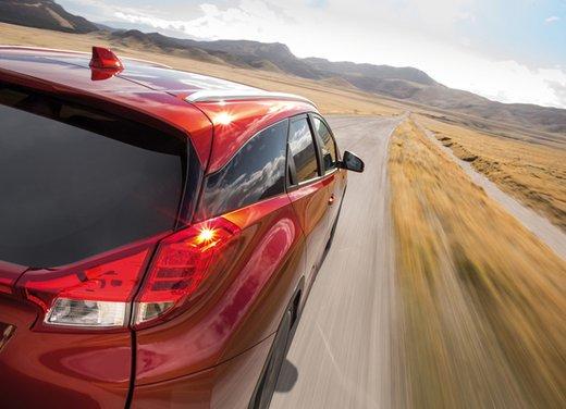 Honda Civic Tourer Test Drive - Foto 13 di 18