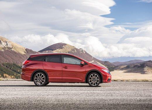 Honda Civic Tourer Test Drive - Foto 15 di 18