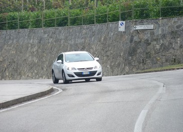 Opel Astra GPL Long Test Drive - Foto 19 di 22