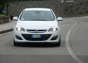 Opel Astra GPL Long Test Drive - Foto 20 di 22