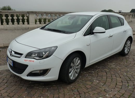 Opel Astra GPL Long Test Drive - Foto 6 di 22