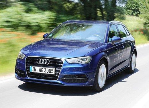 Audi A3 Sportback g-tron con tecnologia ibrida benzina-metano - Foto 1 di 9
