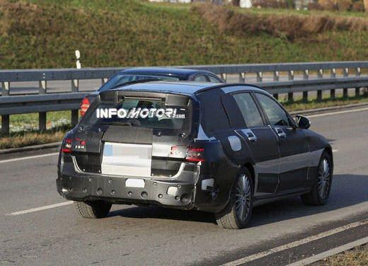 Nuova Mercedes Classe C station wagon 2014 spy - Foto 2 di 10