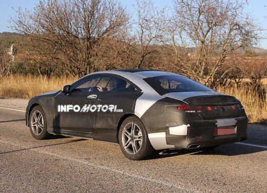 Mercedes Classe S Coupè nuove foto spia - Foto 10 di 18