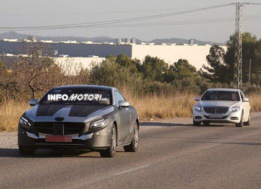 Mercedes Classe S Coupè nuove foto spia - Foto 11 di 18