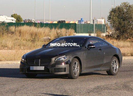 Mercedes Classe S Coupè nuove foto spia - Foto 18 di 18