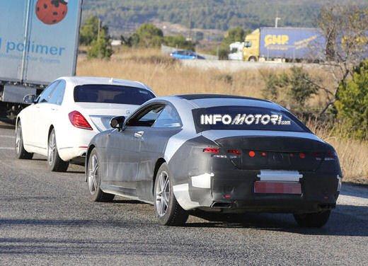 Mercedes Classe S Coupè nuove foto spia - Foto 1 di 18