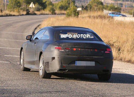 Mercedes Classe S Coupè nuove foto spia - Foto 2 di 18