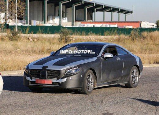 Mercedes Classe S Coupè nuove foto spia - Foto 8 di 18