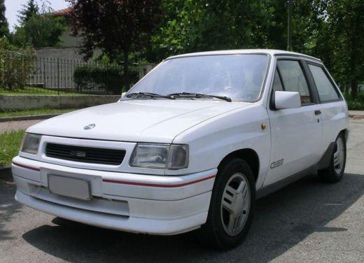 Opel Corsa GSi, la storia della piccola sportiva tedesca - Foto 4 di 9