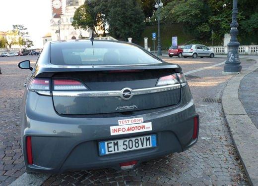 Opel Ampera provata su strada per oltre 500 km in modalità elettrica - Foto 5 di 25