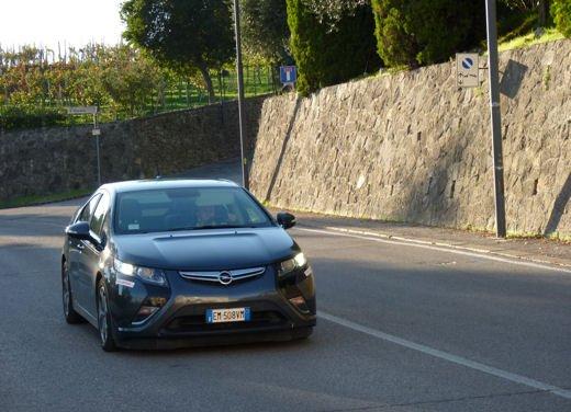 Opel Ampera provata su strada per oltre 500 km in modalità elettrica