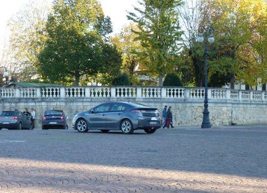 Opel Ampera provata su strada per oltre 500 km in modalità elettrica - Foto 7 di 25
